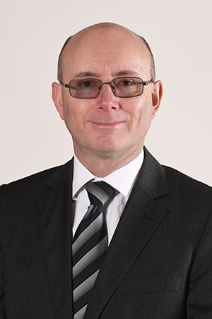Dr Simon Lovatt