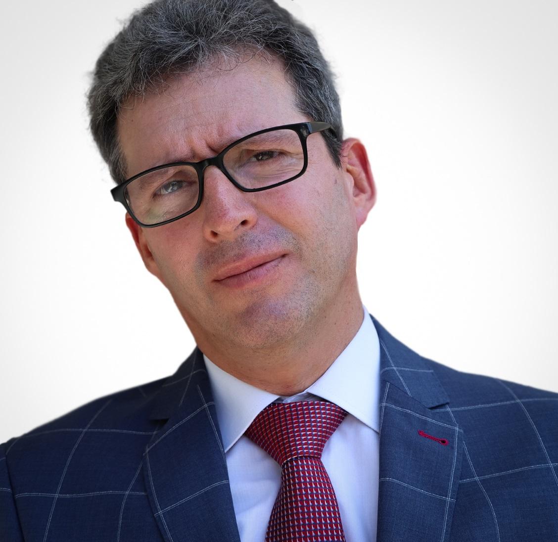 Alberto Alvarez-Jimenez (He/Him)