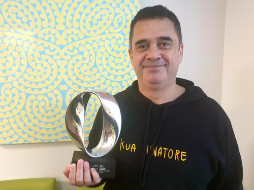 Māori astronomer receives Prime Minister's award