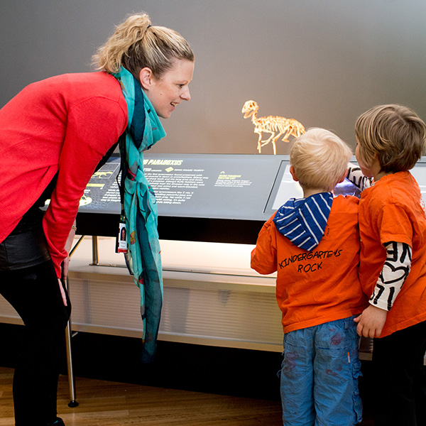 Children visiting a museum: Information gathering or creative capacity building?