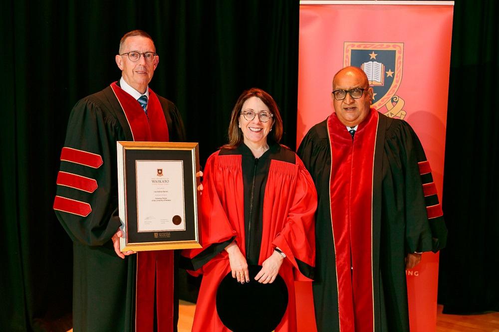 Dr Lisa Feldman Barrett Hon Doc