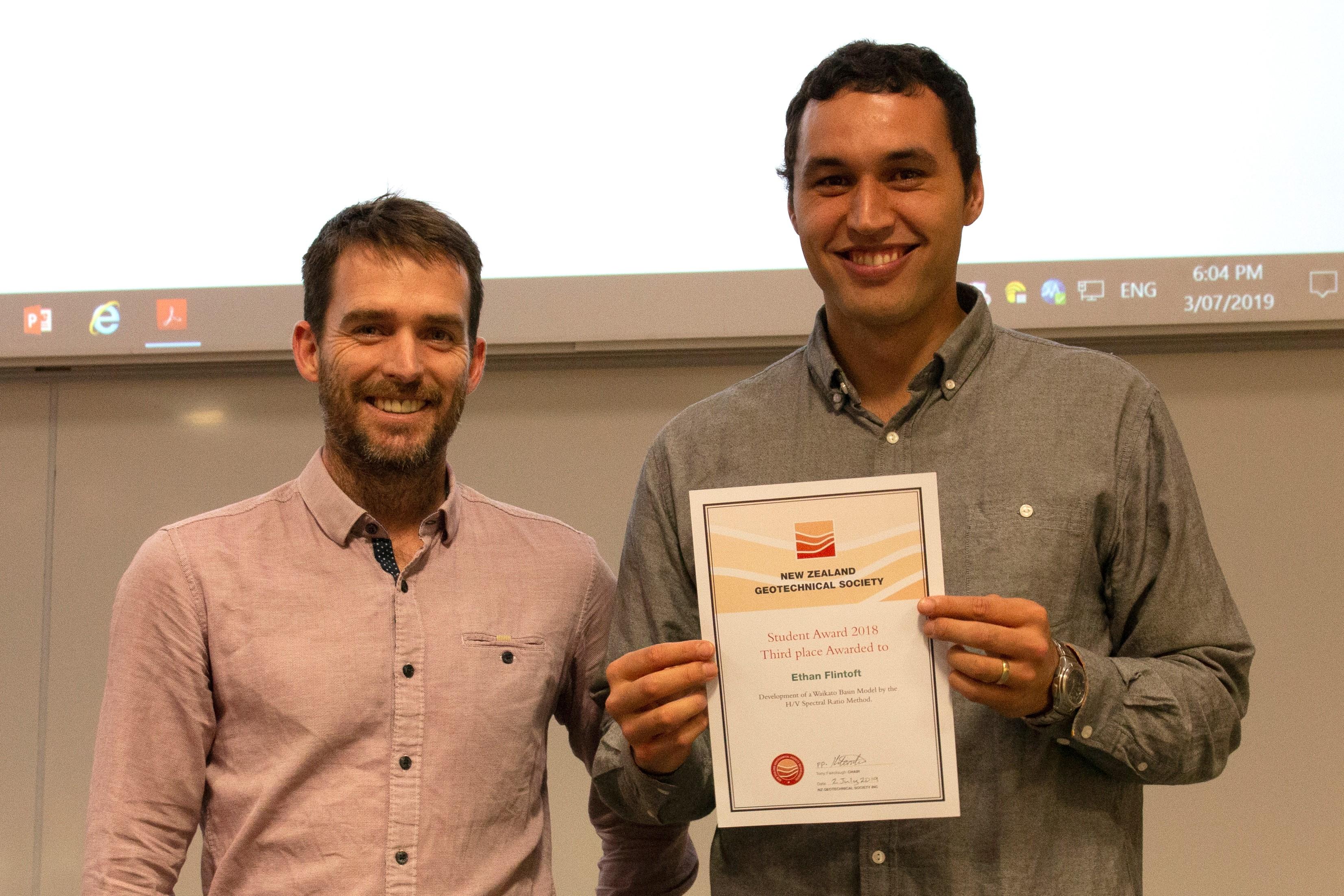 Ethan Flintoft receiving Award from NZGS