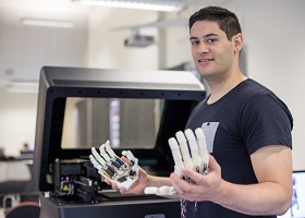 HRC scholarship to develop smart prosthetic hand