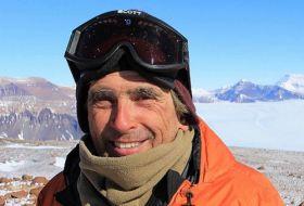 Professor Craig Cary