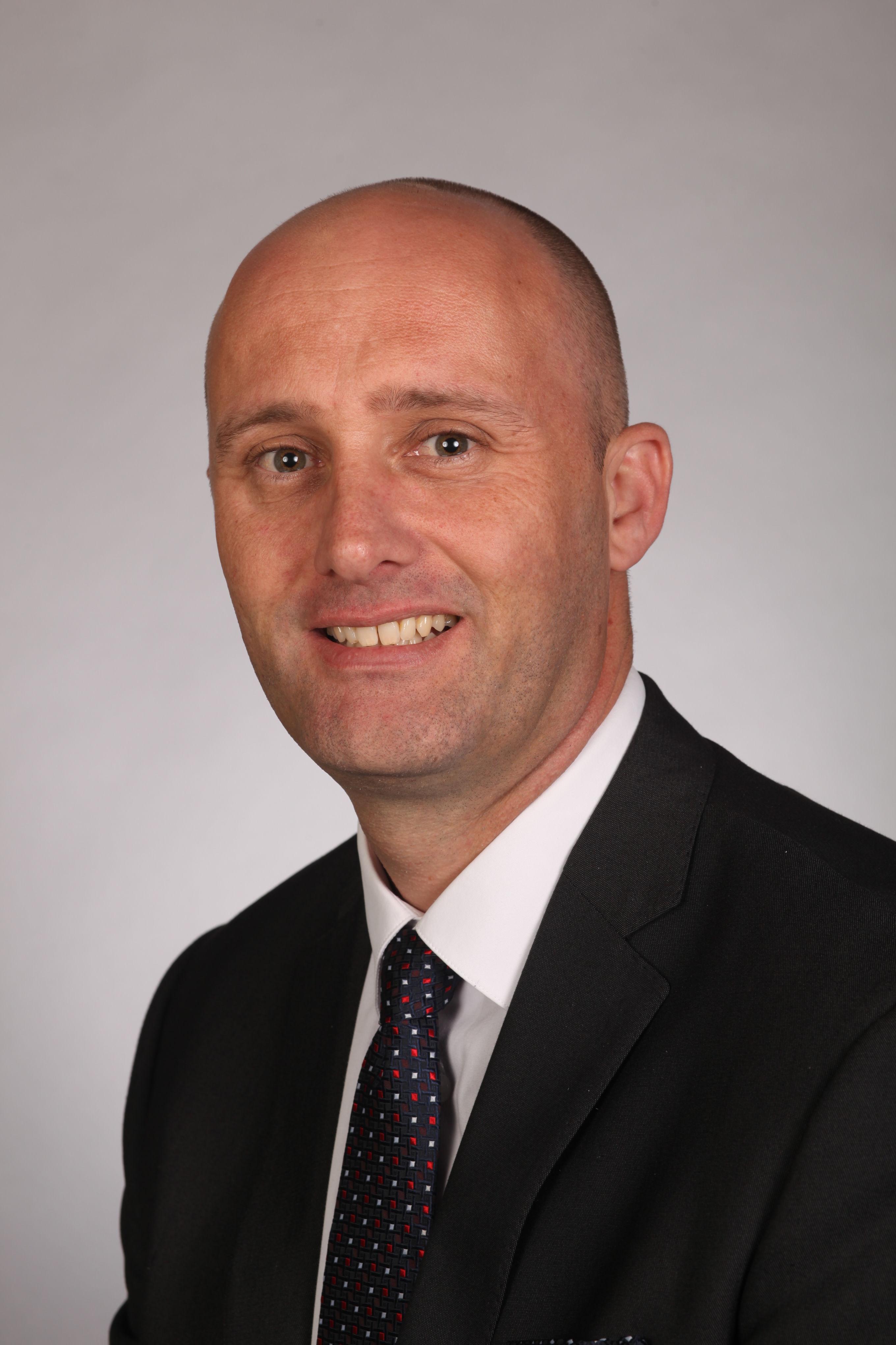 Stuart Dillon